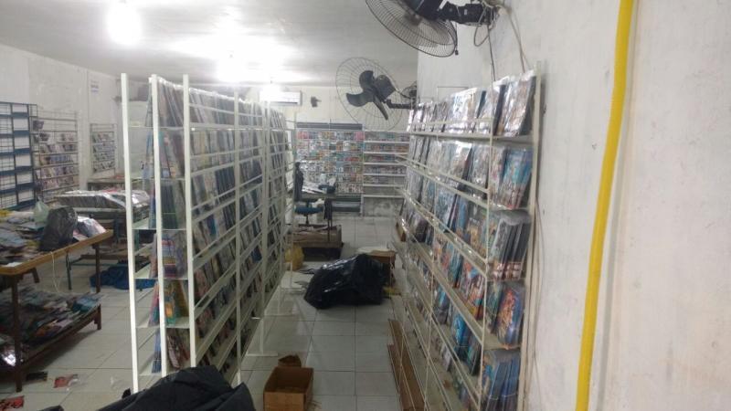 Polícia fecha lojas e apreende mais de 100 mil CDs e DVDs piratas em Teresina
