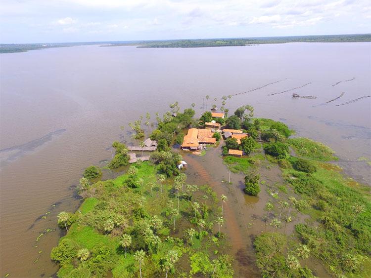 Nível do Rio Parnaíba sobe e deixa município de Luzilândia ilhado