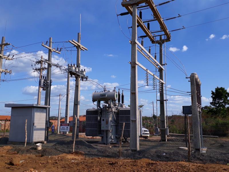 Curto circuito em subestação deixa municípios do Piauí sem energia