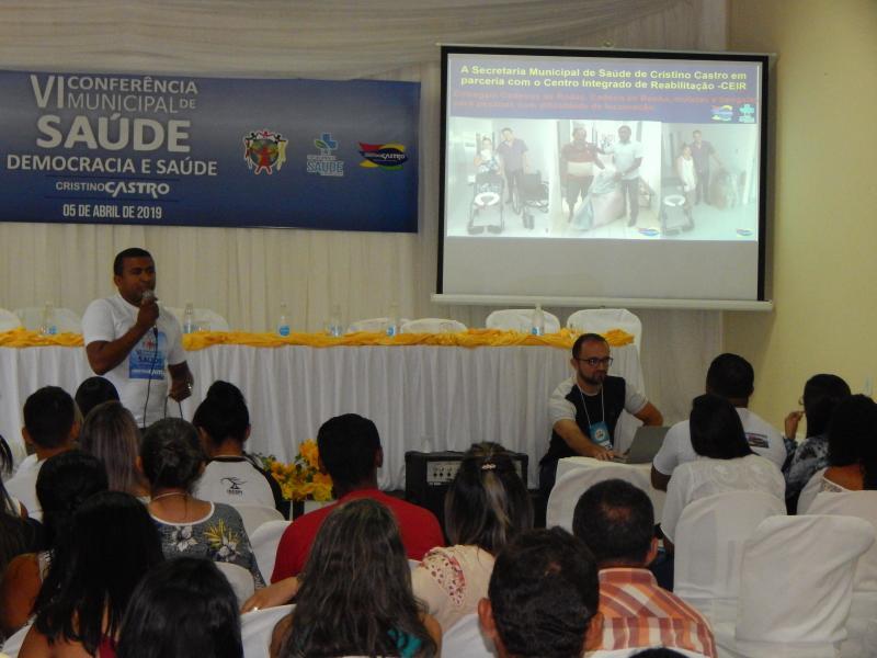 Danilo Vaz presta contas durante Conferência da Saúde em Cristino Castro