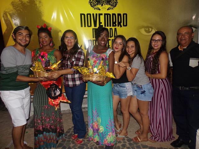 Festa da Beleza Negra é realizada em Pimenteiras; veja fotos