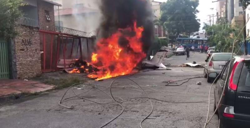 Aeronave cai e provoca morte em Belo Horizonte