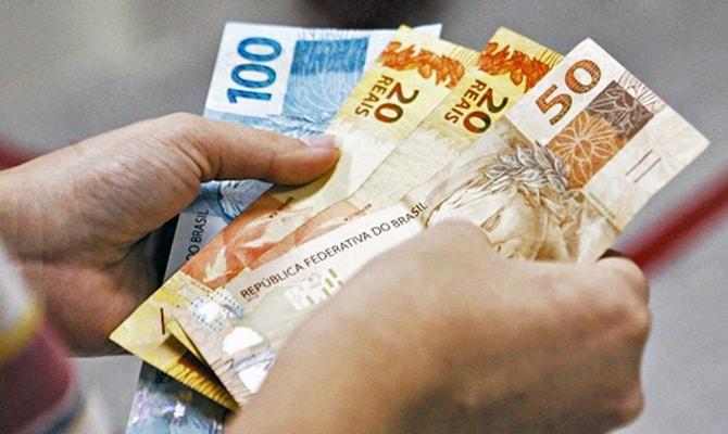 Governo propõe salário mínimo de R$ 1.040 em 2020