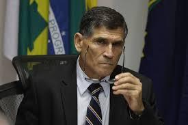 Ministro diz que divulgação de vídeo sobre golpe de 64 foi ...
