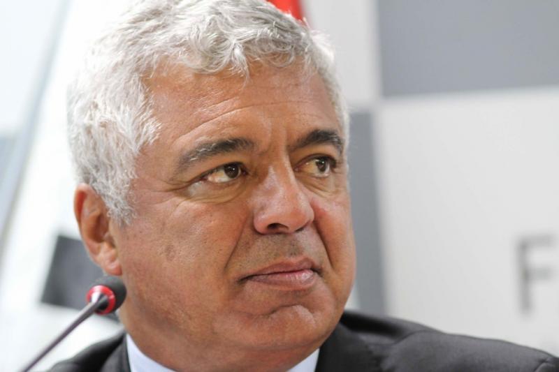 Líder do PSL reclama da articulação política...