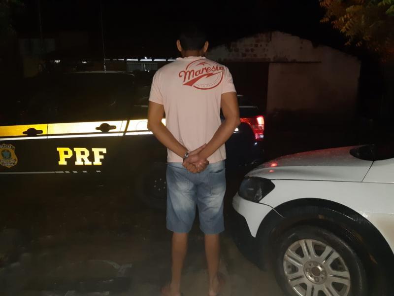 PRF prende homem na BR-343 com veículo clonado