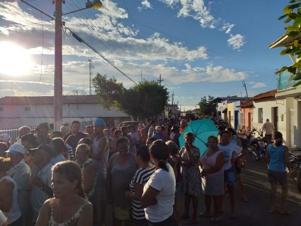 Prefeitura realizou distribuição de peixes para Semana Santa