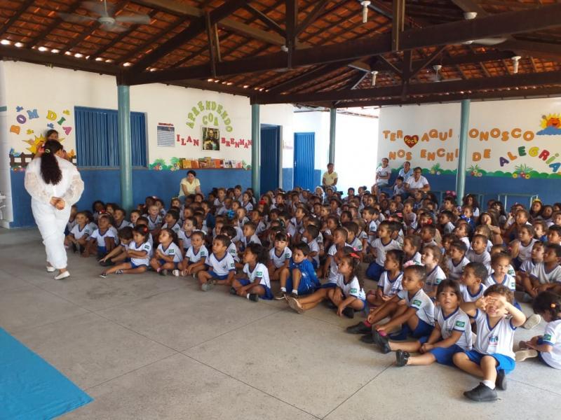 Projeto estimula a leitura nos alunos da rede municipal em Oeiras