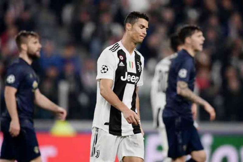 Cristiano Ronaldo abre caminho para Messi conquistar a 6ª Bola de Ouro