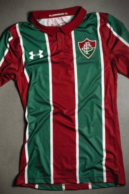 Após fotos de camisa do Fluminense vazarem, marca confirma novo modelo