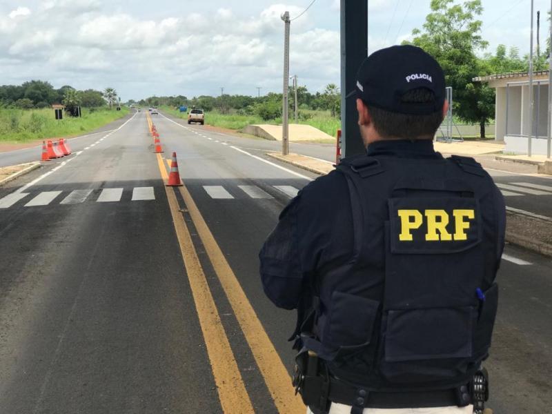 Motociclista alcoolizado é preso na BR 343