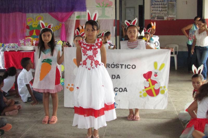 Pascoa retratado nas escolas municipais