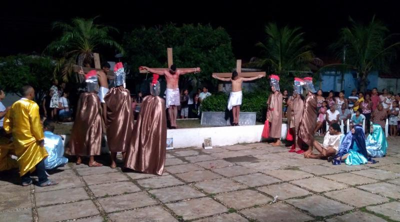 Emoção marca a encenação da Paixão de Cristo em Barro Duro