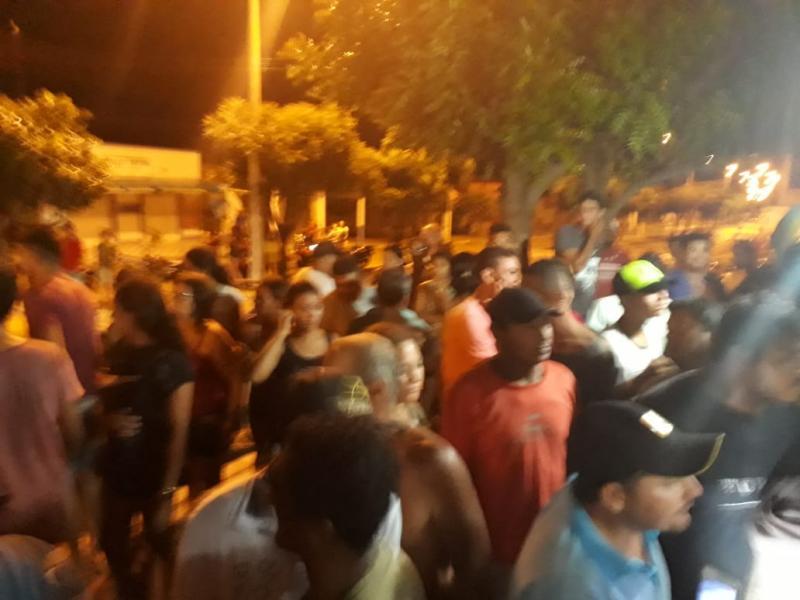Homem é detido pela população após assalto no interior do Piauí