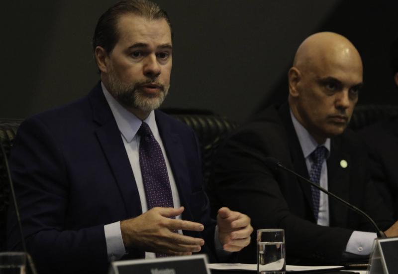 Recuo do STF não inocenta Toffoli: ele deve sofrer impeachment