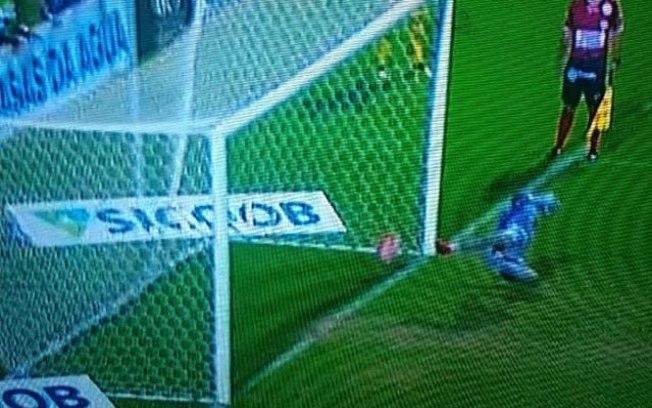 Chapecoense pede anulação da final do Catarinense por suposto erro do VAR