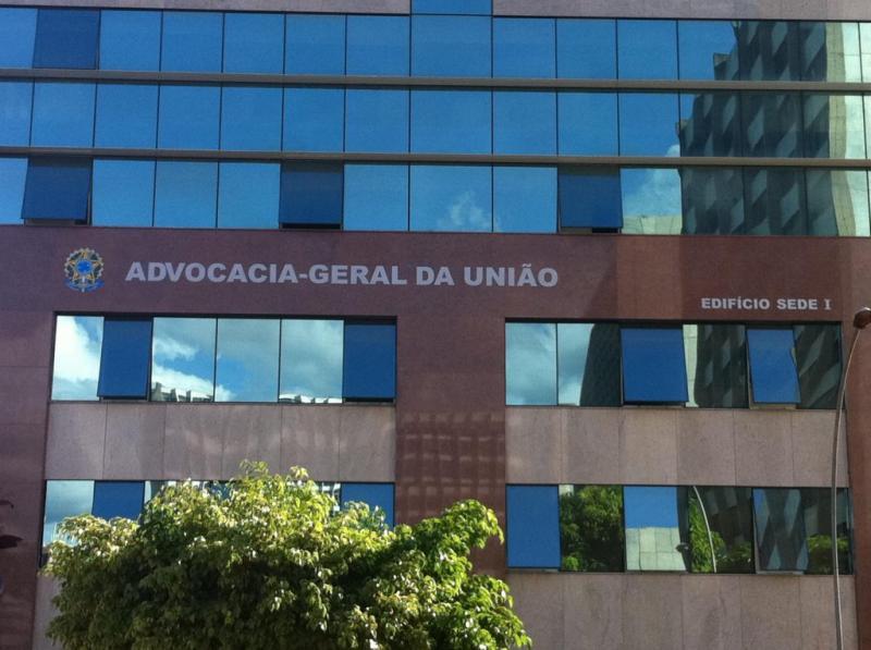 AGU é contra suspensão de inquérito sobre Fake News no STF