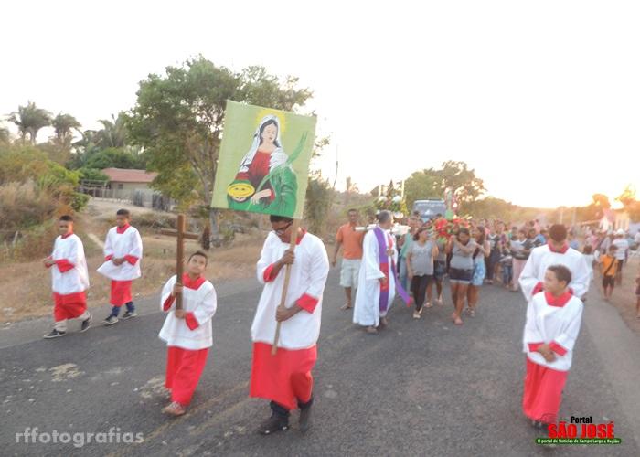 Paróquia São José realiza abertura dos festejos de Santa Luzia no povoado Carnaúbas