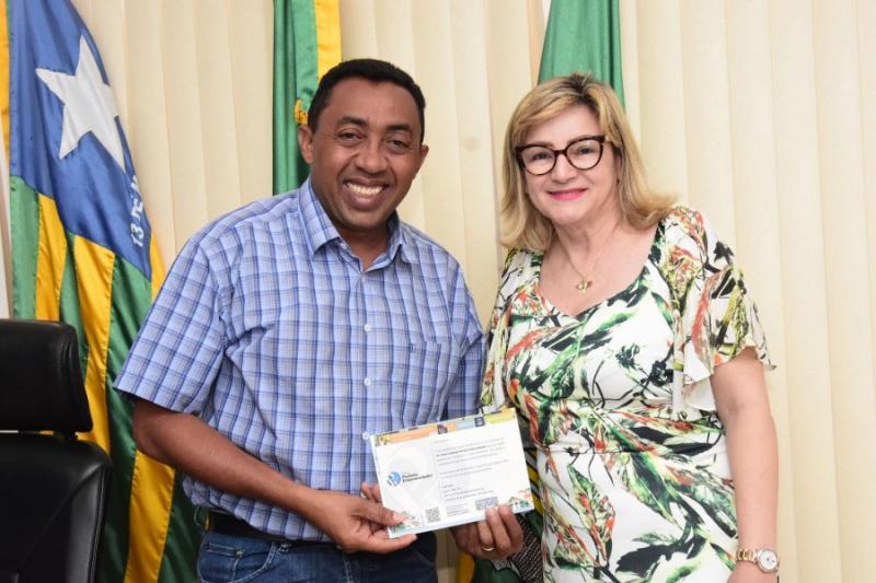 Prefeito de Floriano concorre ao prêmio Prefeito Empreendedor do SEBRAE PI