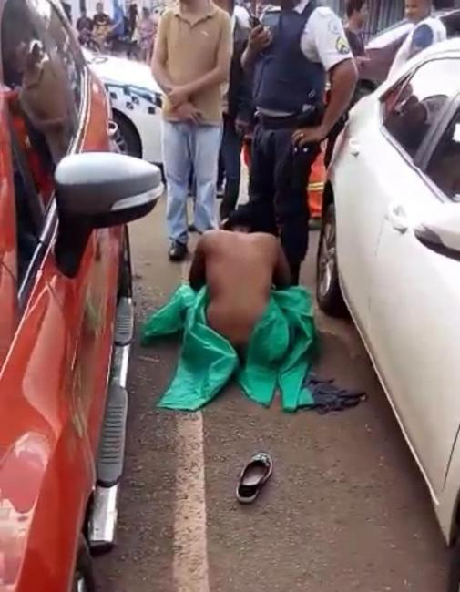PM é preso após agredir mulher e deixá-la nua no meio da rua