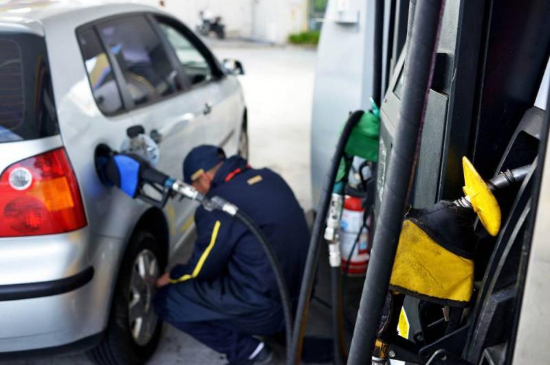 Preço da gasolina e diesel volta a subir e atinge recorde