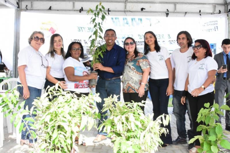 Prefeitura comemora 'Dia do Evangélico' em Floriano