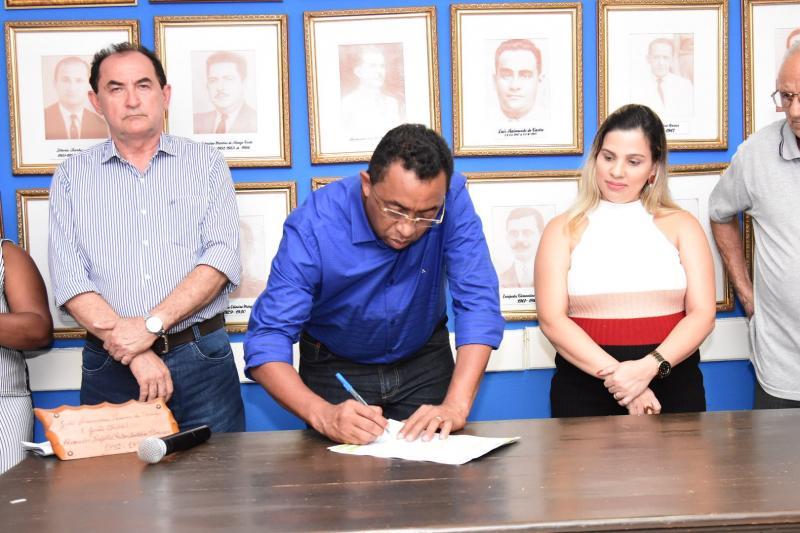 PMF lança edital para o Programa Habitacional do Residencial Alto da Cruz