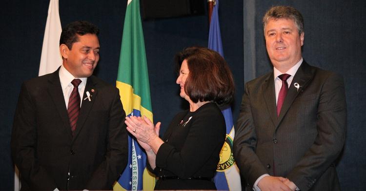 MP do Piauí assina pacto nacional contra a corrupção