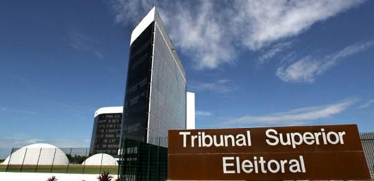 TSE coleta subsídios para elaborar instruções das eleições 2018