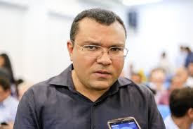 Dr. Macaxeira terá prazo de 30 dias para demitir funcionários comissionados