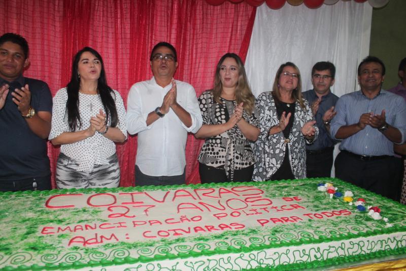 Missa Solene e corte do bolo de 27 anos de Emancipação Política de Coivaras