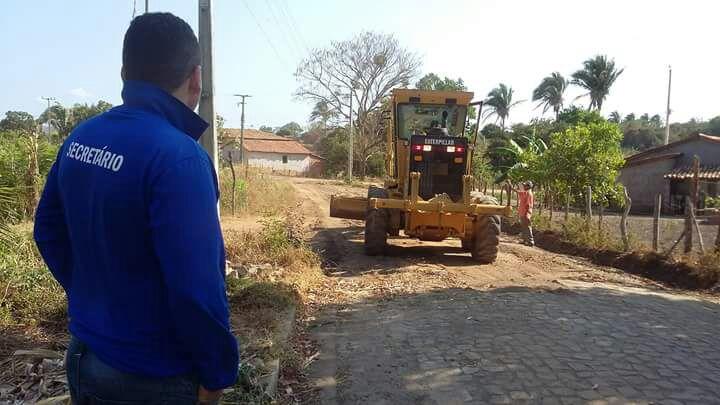 Prefeito anuncia calçamento no bairro Poeirão em Agricolândia