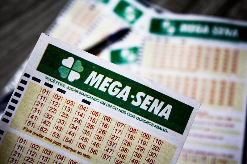 Mega-Sena acumula e prêmio vai a R$ 170 milhões