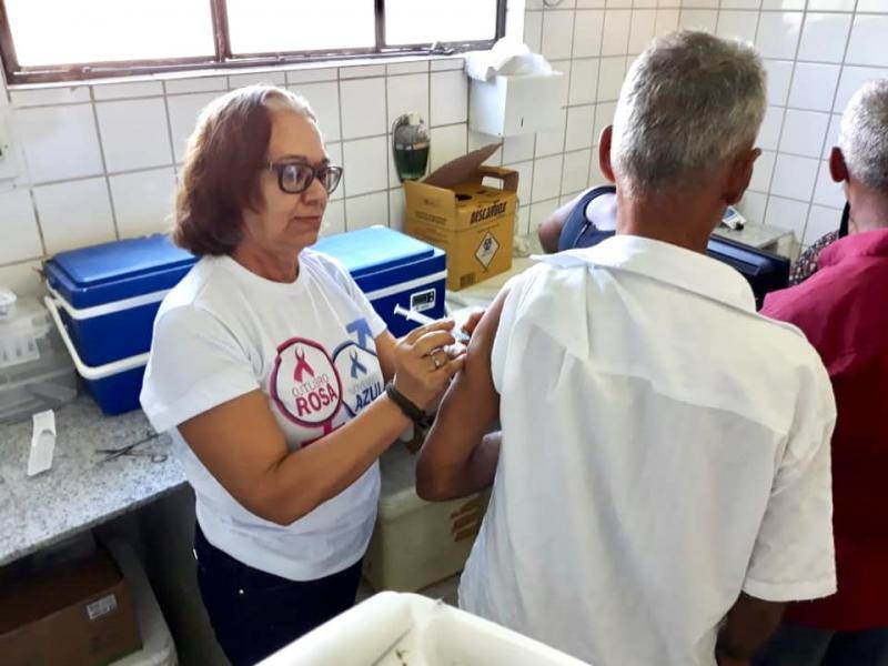 Secretaria de Saúde realizou o Dia D de Vacinação contra a Gripe