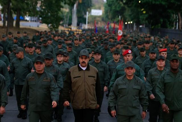Saída virá de fora da Venezuela