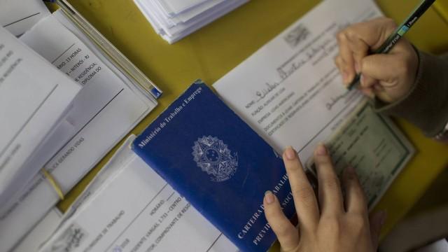 Governo vai contratar 234 mil temporários para Censo 2020
