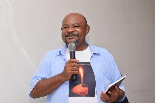 Professor e Escritor Edivan Rodrigues