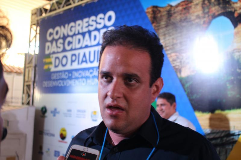 Prefeito Diego Teixeira participa do Congresso das Cidades em Teresina