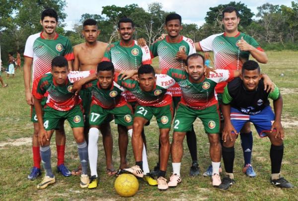 Mascarenhas Futebol Clube é campeão do 3º campeonato de campinho