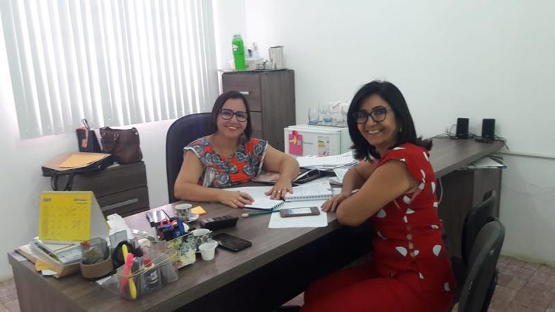 Ceiça Dias e secretária Walmarya Moura falaram em buscar parcerias