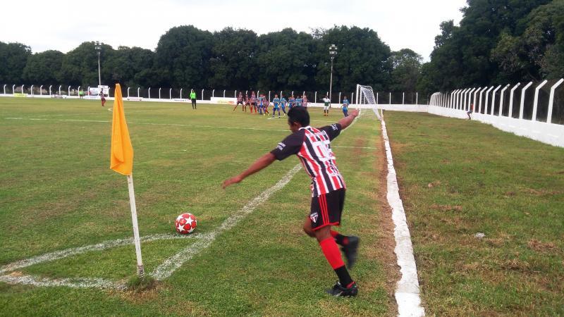 Paulistinha vence na abertura do Campeonato de Futebol em Barro Duro