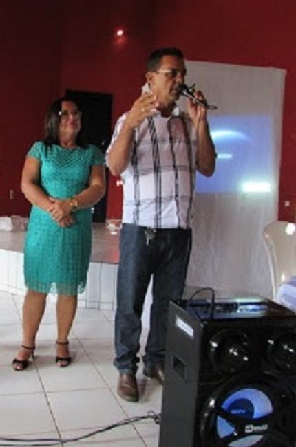 Ananias André homenageia mães sanjoenses
