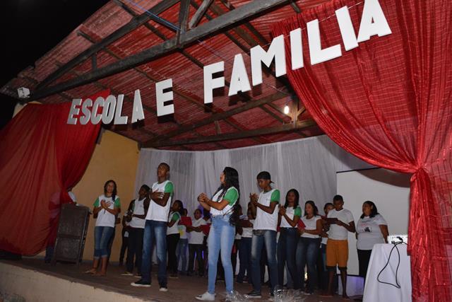 Secretaria de Educação realiza projeto Escola e Família em Francinópolis