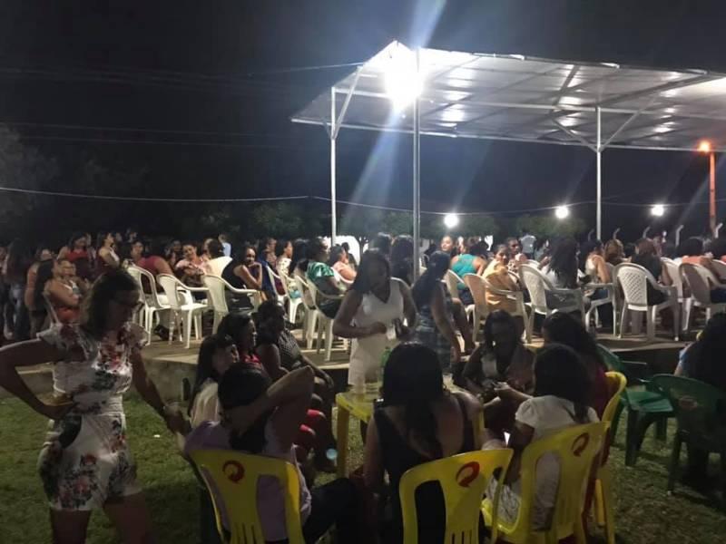 Francisco Ayres promoveu festa em homenagem ao Dia das Mães