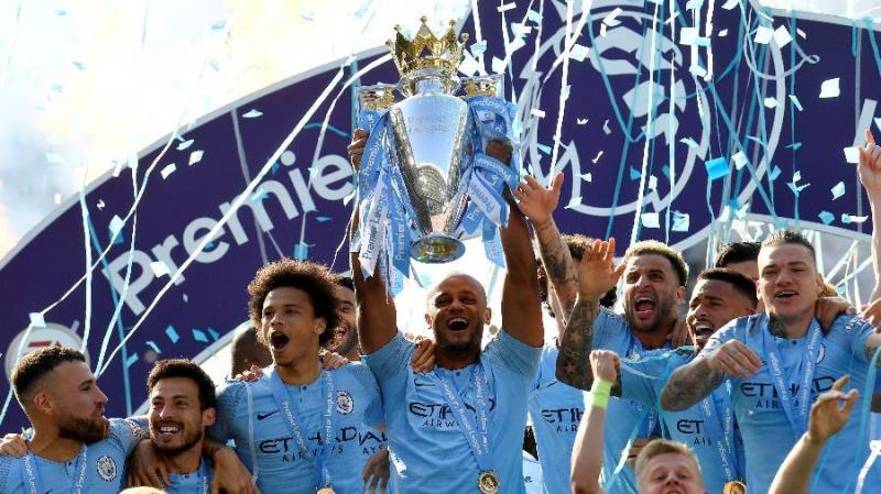 Manchester City é bi campeão do Campeonato Inglês