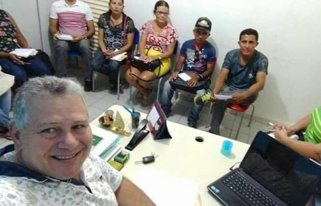Sec. de Educação de Campo Largo realiza reunião com diretores das Escolas da rede municipal