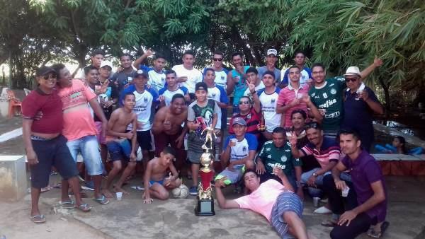 O campeão municipal 13 de maio comemora aniversário em Colônia do Gurgueia
