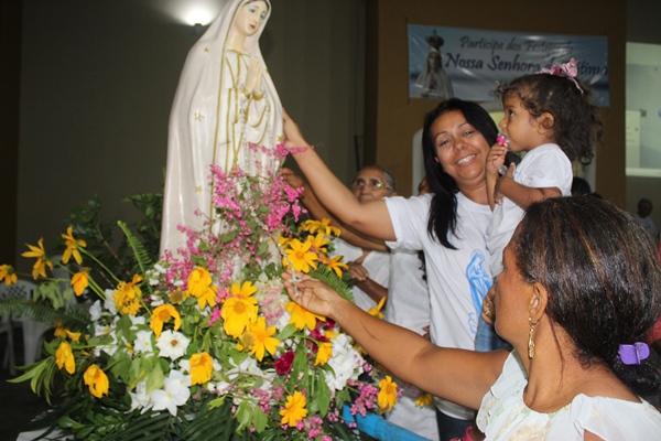 Prefeita Doquinha participa das celebrações de encerramento dos festejos