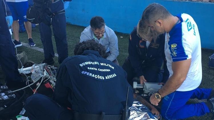 Jogador de base do Avaí sofre parada cardíaca durante treinamento
