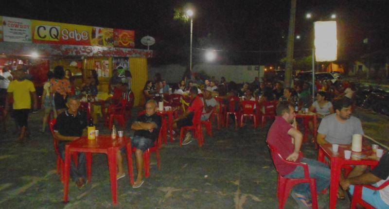 São Gonçalo do Piauí:  Banda Retroativa marca reinauguração do bar CQ SABE